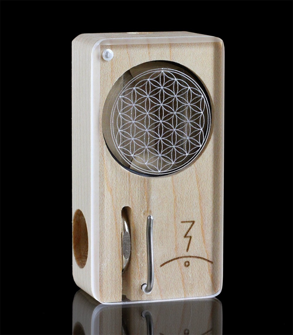 MAGIC FLIGHT - MAPLE ENGRAVED SET (FLOWER OF LIFE)