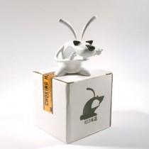 """Tchoki - Milky Rabbit Editions 2.5"""" Tchoki"""